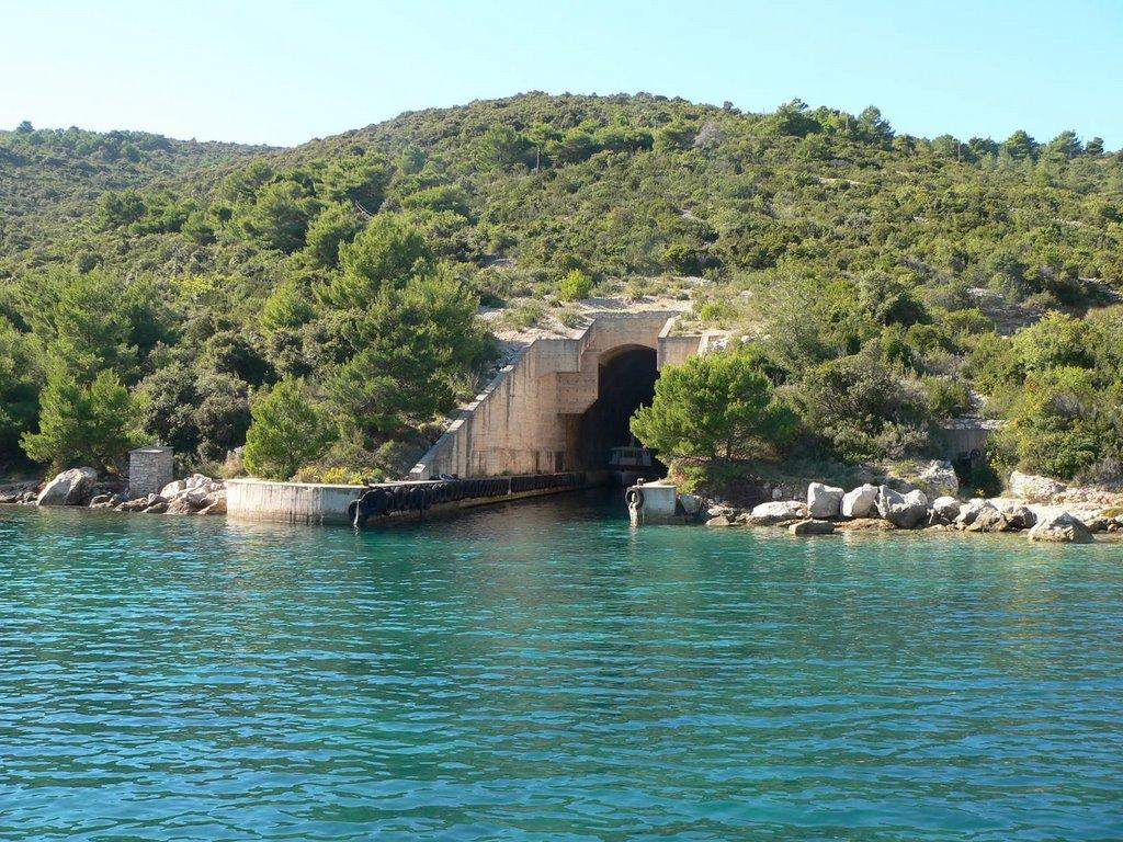 tunel bozava dugi otok